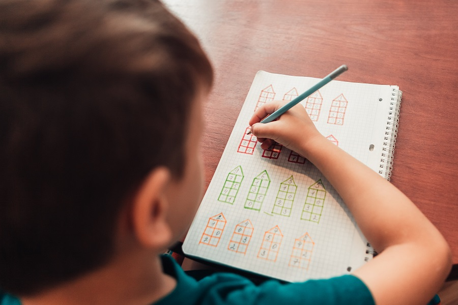 How to Help Primary School Students Enjoy Math?